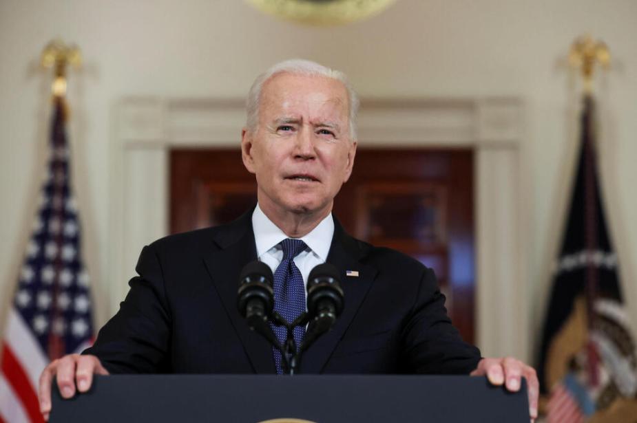 Presidenti i SHBA Joe Biden duke folur nga Shtëpia e Bardhë në prag të armëpushimit të Gazës, 21 maj 2021